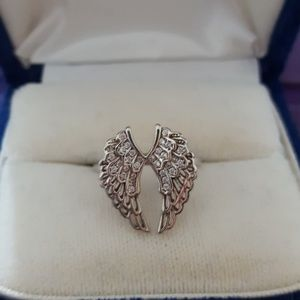 Jewelry - Beautiful 925 Angel wings size 8 ring